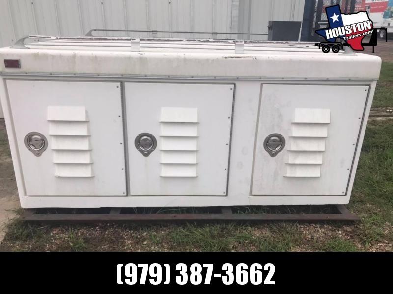2000 Dog Box 8' x 7' Truck Bed Box (Livestock and Dog)