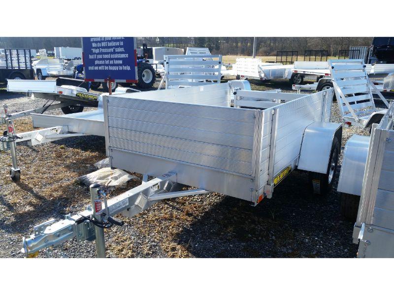 Aluma 548LW 2Ft Solid Sides Bifold Tailgate
