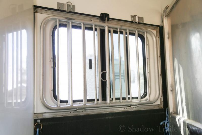 2006 Sundowner Trailers Sundowner 3H Horse Trailer