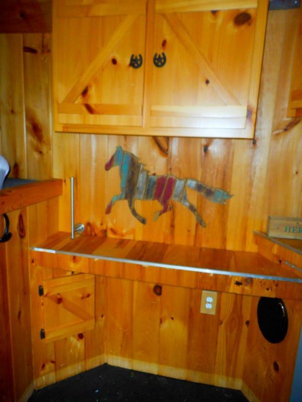 2000 Cato Classic 3 Horse Slant Living Quarters Gooseneck Trailer