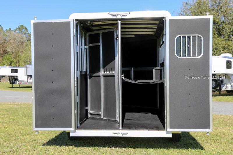 2021 Shadow Stablemate 3 Horse Slant Load Gooseneck w/ Escape Door