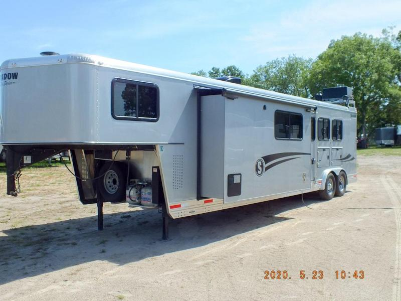 2019 Shadow 3 Horse Slant Load Goose Neck w/ 14' Living Quarters