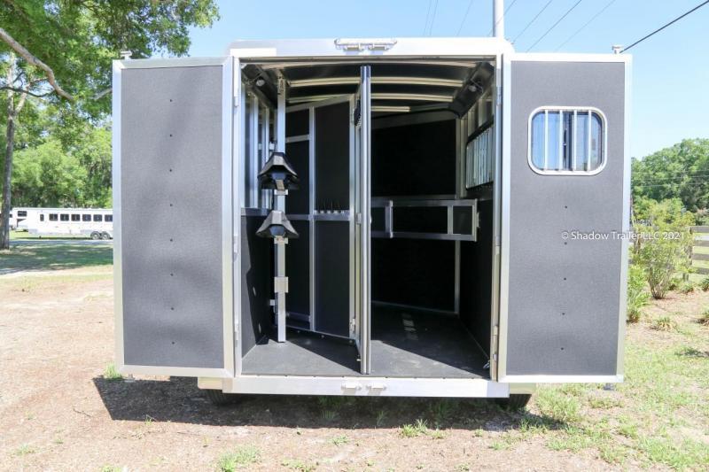 2021 Shadow Stablemate 2 Horse Slant Load Gooseneck  w / Escape Door