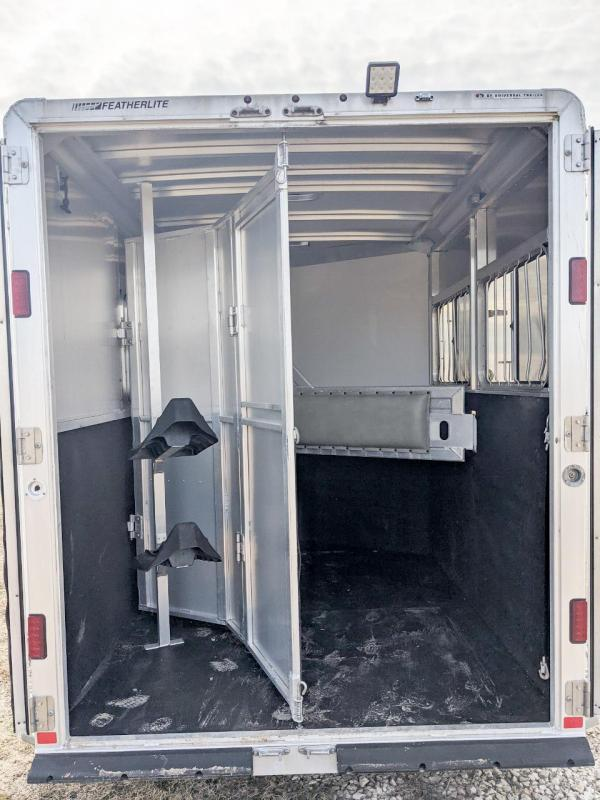 2013 Featherlite 2H SL BP Horse Trailer