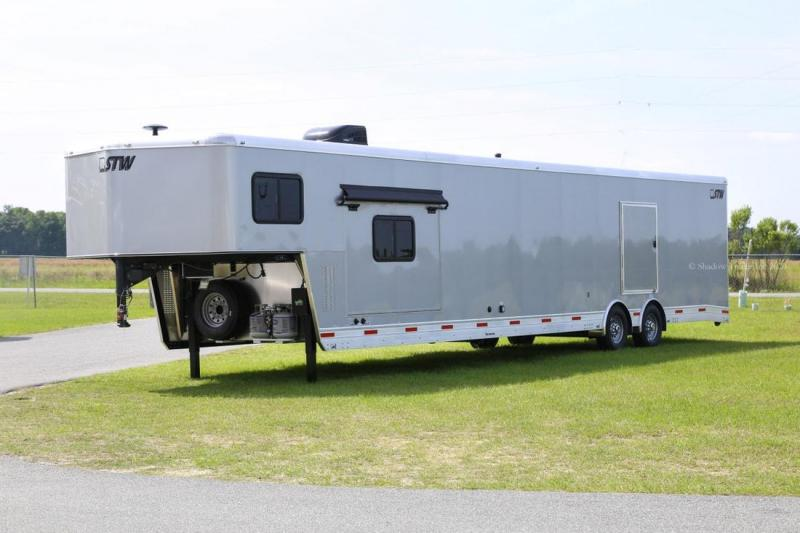 2021 Shadow Trailers 85380-96-GN-2-8K Toy Hauler