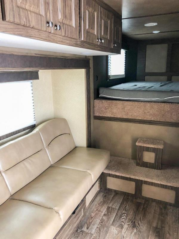 2019 Shadow PRO 3 Horse Slant Load Gooseneck w/ 10.6 Living Quarters