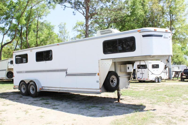 2003 Silver Star Trailers Star 4H Horse Trailer