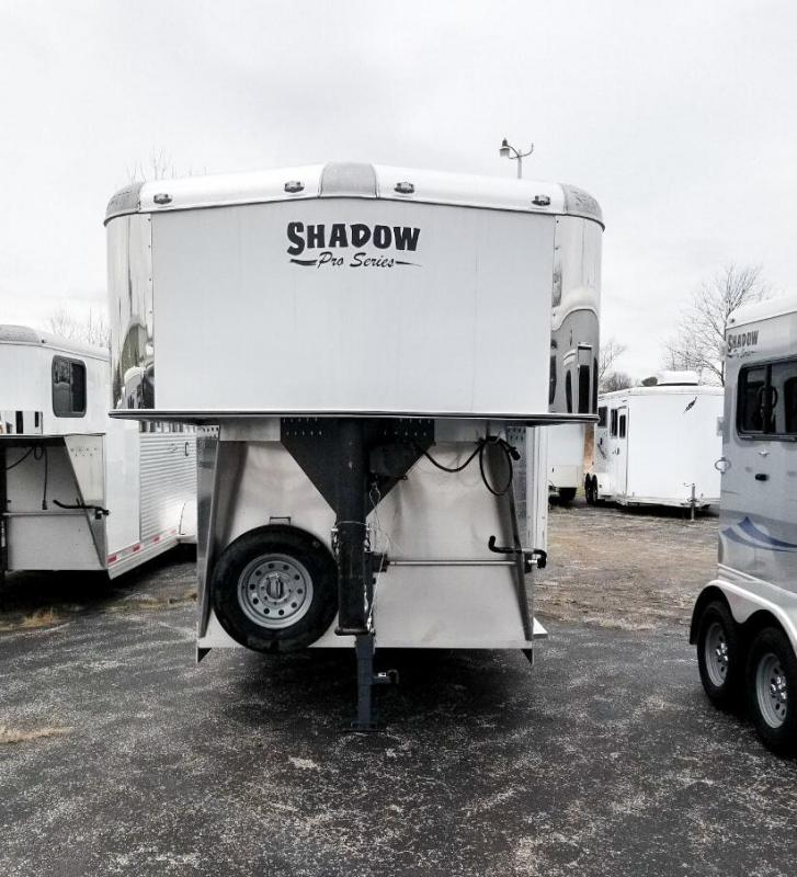 2020 Shadow Trailers Pro Series 4H Slant Plus Pack GN 69226E-4SL-GN-E- Horse Trailer