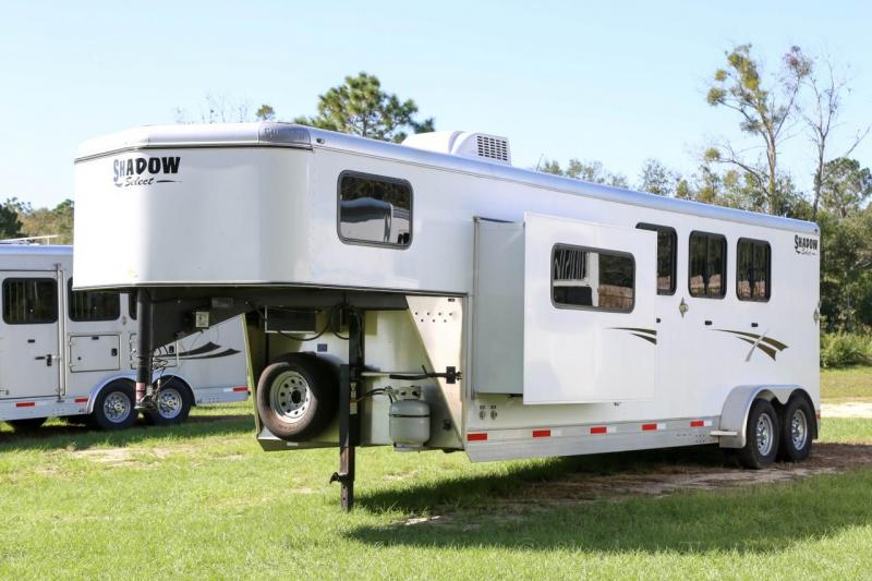 2015 Shadow 3 Horse Slant Load Gooseneck w/ Living Quarters