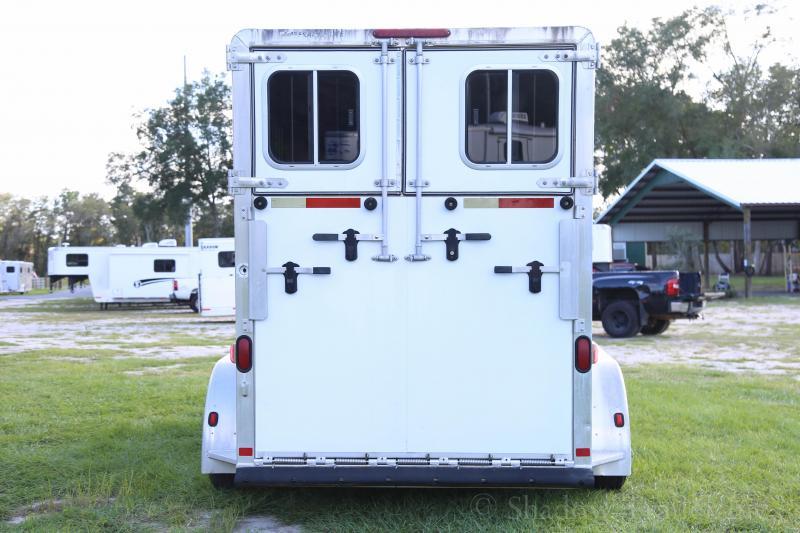 2007 Featherlite 2 Horse Straight Load Bumper Pull