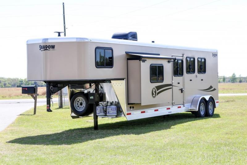 2020 Shadow Getaway 3 Horse Slant Load Gooseneck with 10 6 Living Quarters SKU LQ73227