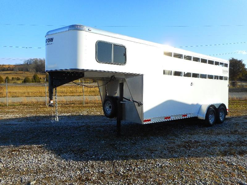 2021 Shadow Trailers 64176-3SL-GN Horse Trailer