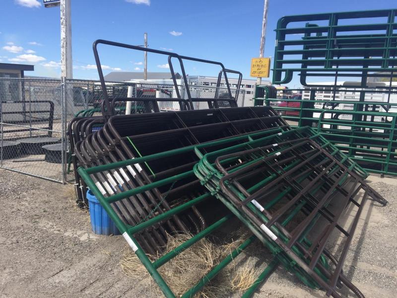 2016 Tarter Farm / Ranch Cattle Pen Equipment