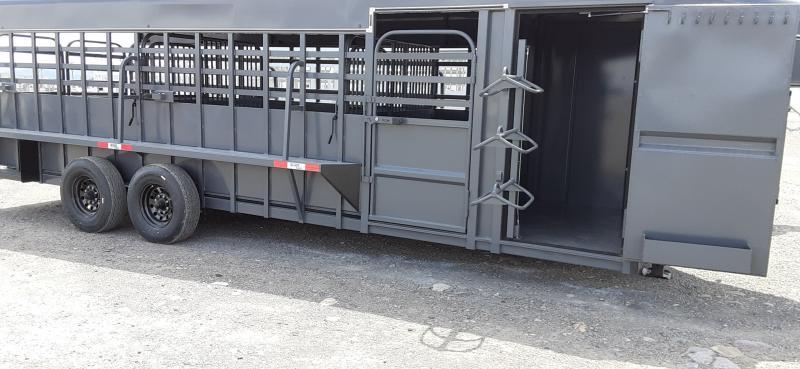 2021 Big Bend 24 Ft Gooseneck Horse Trailer