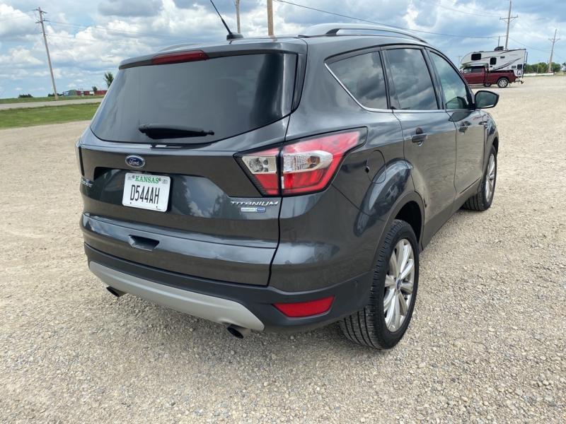 2017 Ford Escape U9J Titanium