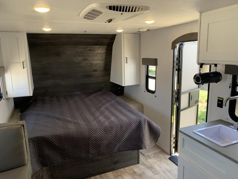 2022 Keystone RV Hideout 179RB Travel Trailer RV