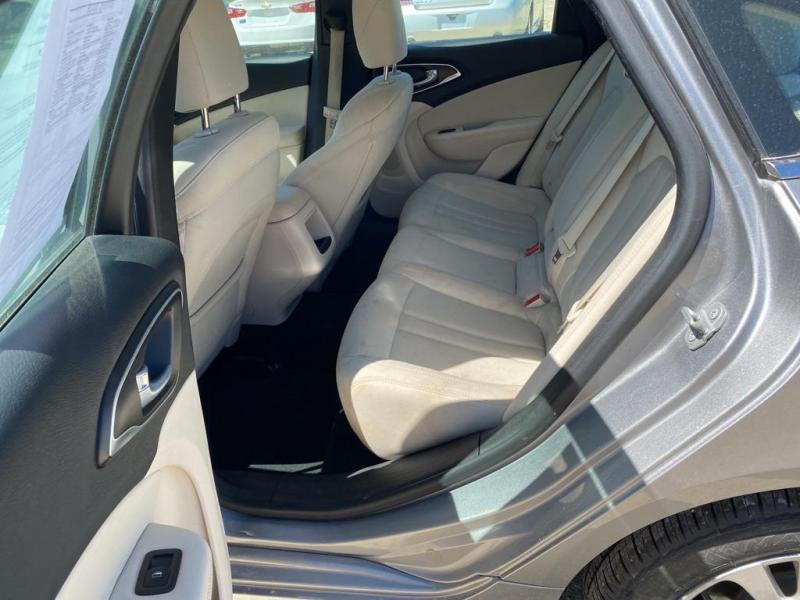 2016 Chrysler Limited