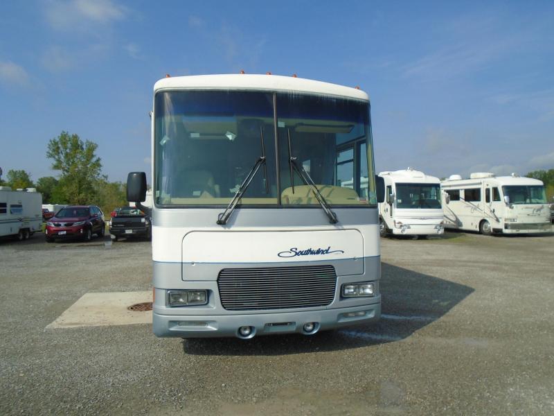 1998 Fleetwood Southwind 34L Class A RV.