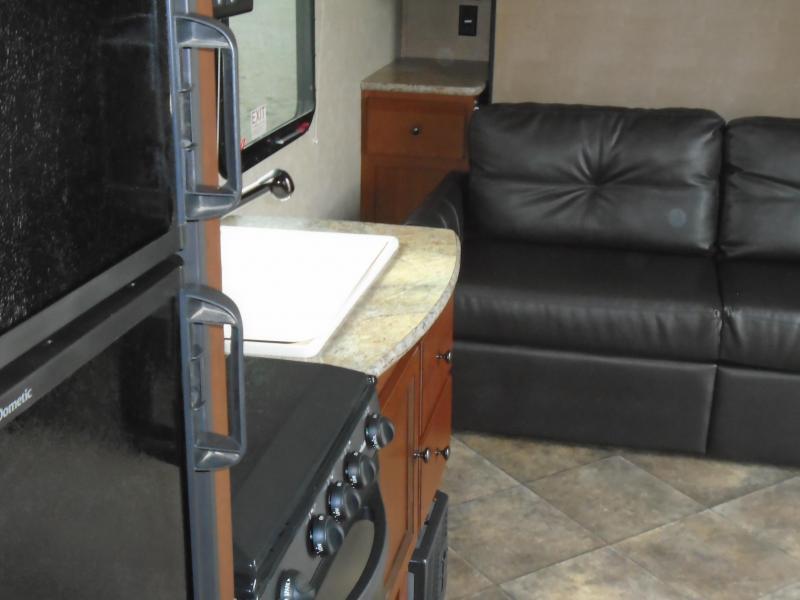 2013 Palimono Solaire Ultra Lite 192RB Travel Trailer RV