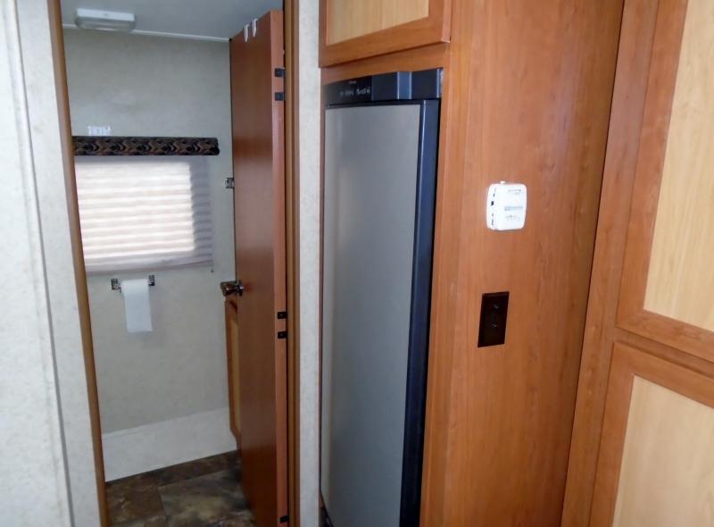 2014 Gulf Stream Vista Cruiser 23BDS Travel Trailer RV