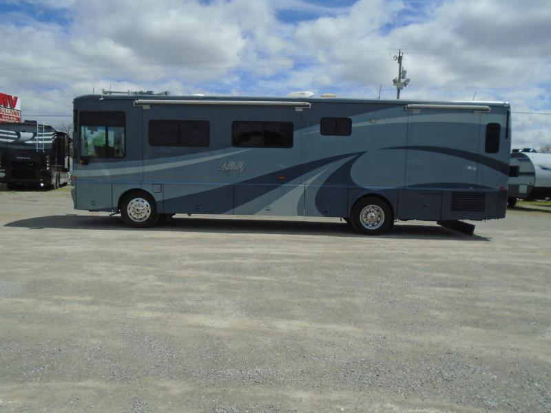 2005 Winnebago Journey M-36G Class A RV
