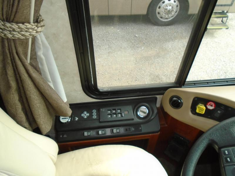 2004 Fleetwood RV Revolution 38B Class A RV