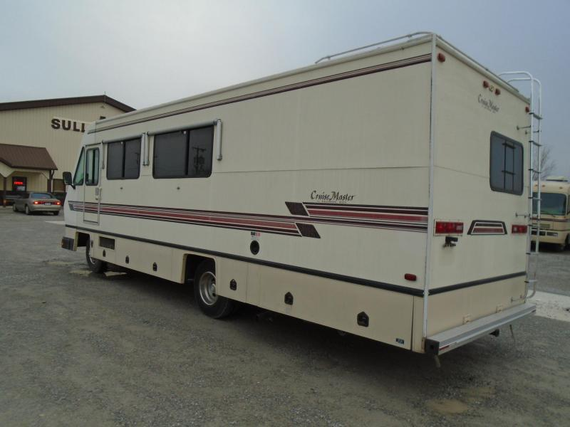 1990 Georgie Boy Manufacturing CLASSIC 28 Class A RV