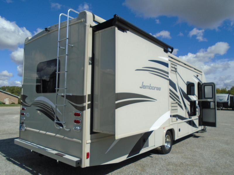 2017 Fleetwood Jamboree 31U Class C RV