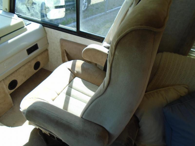 1999 Winnebago Itasca 29A Sunrise Class A RV