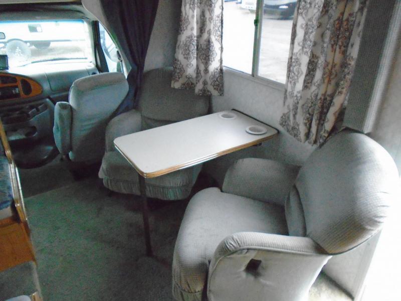 1997 Fleetwood JANBOREE SEARCHER Class C RV