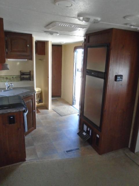 2011  Rockwood  WINDJAMMER 3065W Travel Trailer