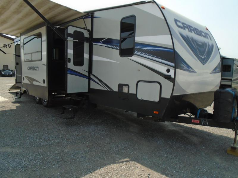 2017 Keystone RV Carbon 35 Toy Hauler RV