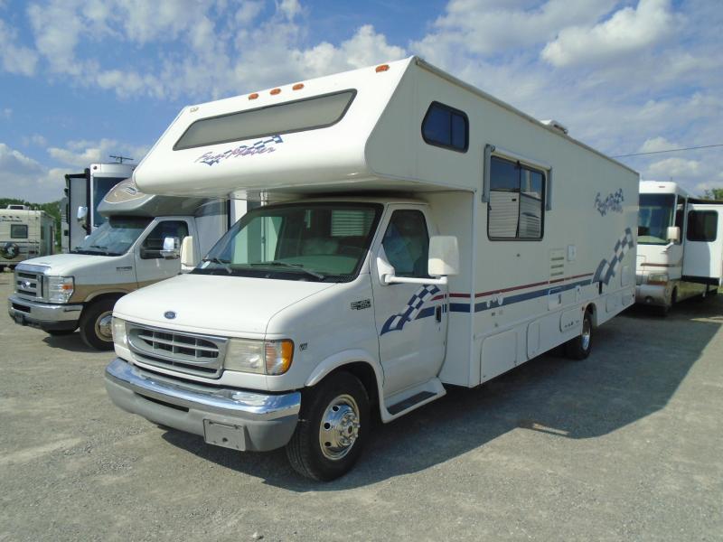 2000 Coachmen  FUN MOVER  31C  RV / 9ftToyBox