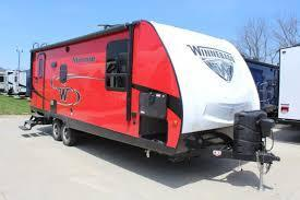 2019 Winnebago Minnie Winnie 2250DS Travel Trailer RV