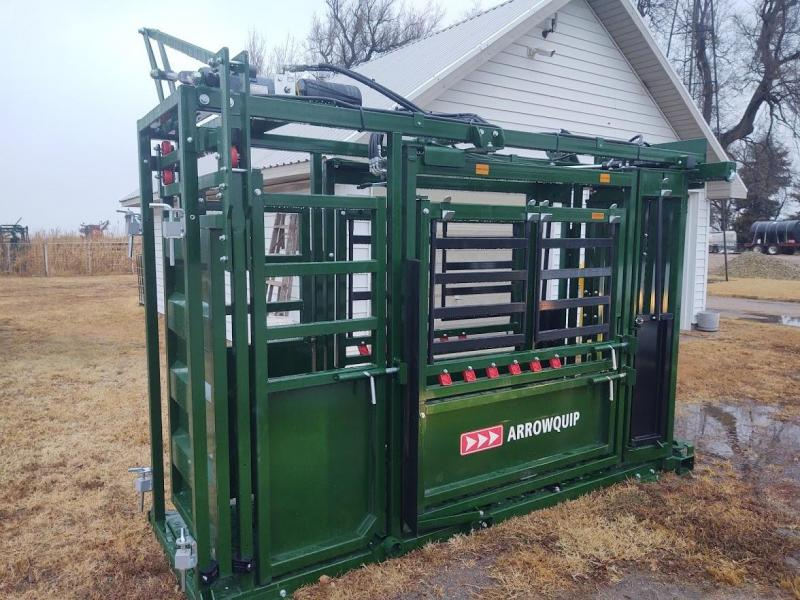 2021 Arrowquip Q-POWER 104 SERIES HYDRAULIC SQUEEZE CHUTE Livestock
