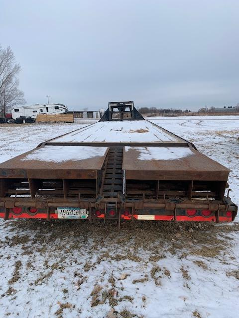 2015 Load Max 32' Flatbed Trailer