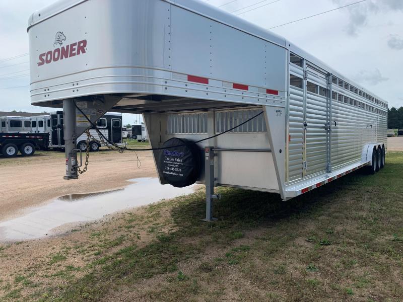 2020 Sooner 7634 Livestock Trailer