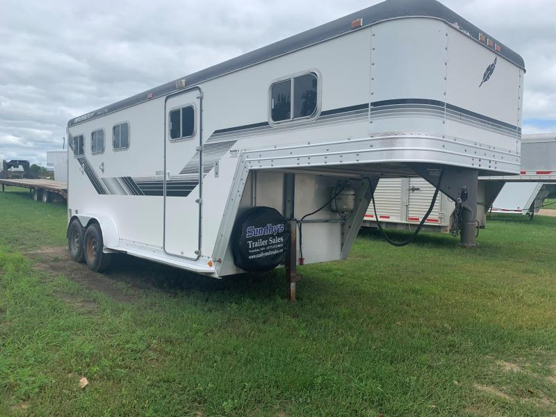 1990 Featherlite 7645 Horse Trailer