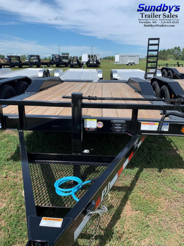 2021 PJ Trailers 18' Flatbed