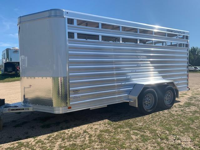 2021 Featherlite 8107-16' Livestock Trailer