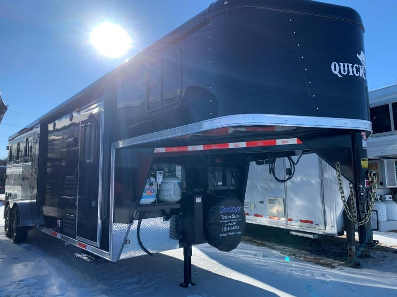 2021 Bison Trailers Quickdraw- 7308 Horse Trailer