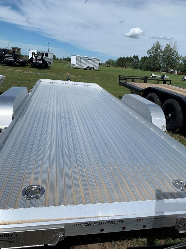 2020 Featherlite 3110-20' Flatbed