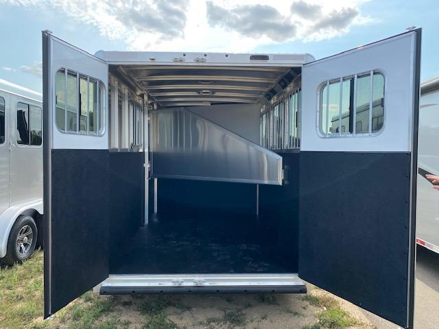 2022 Exiss Trailers EXPRESS 3H BP Horse Trailer