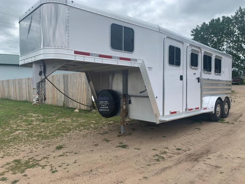 2014 Featherlite 8541 Horse Trailer