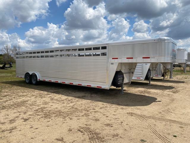 2022 Sooner SR 7630 Livestock Trailer