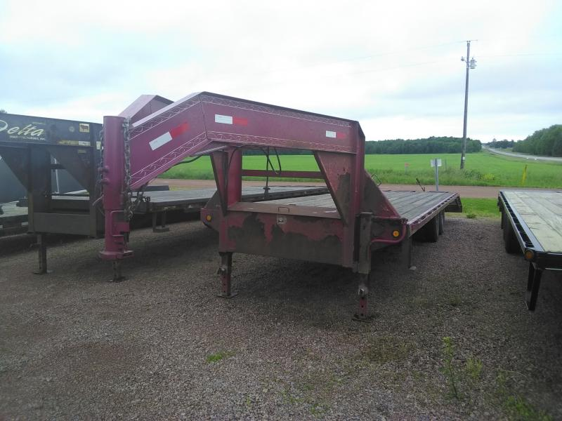 2014 Load Trail GN Equipment Trailer