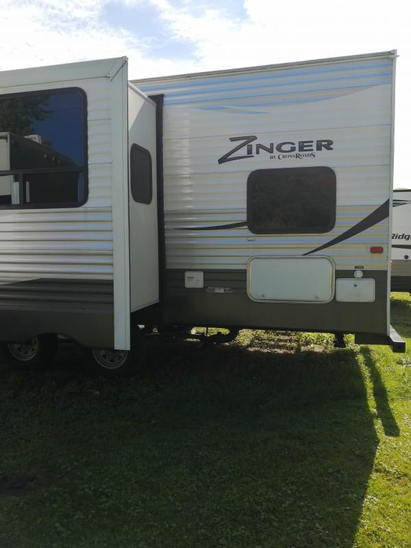 2017 CrossRoads RV Zinger 26KS Travel Trailer RV