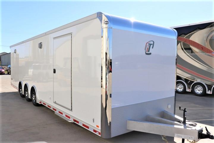 2021 32' inTech Trailer w/ ICON Package_Due MAY 2021