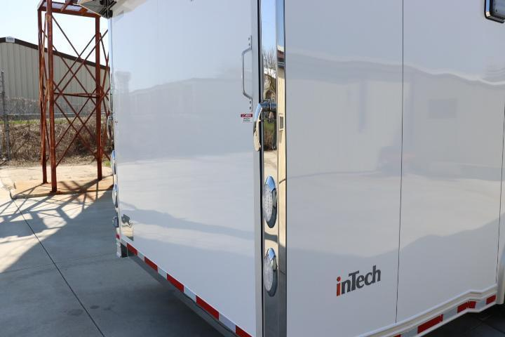2022 40' GN inTech All Aluminum Trailer w/ ICON PACKAGE-Due DECEMBER 2021