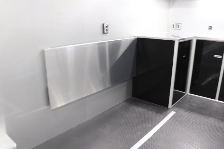 2021 34' inTech Trailer with Bathroom Pkg & More- Due Spring 2021